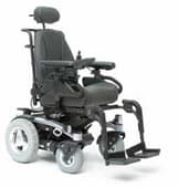 Rear-wheel drive wheelchair
